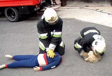 que font les pompiers