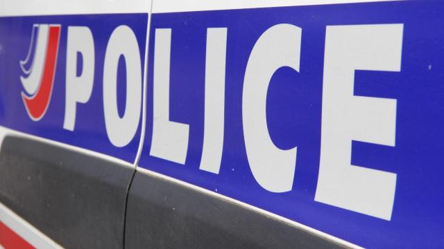 Brest pas en service le policier fait usage de son arme