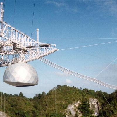 Detection d etranges signaux radio en provenance d une etoile proche